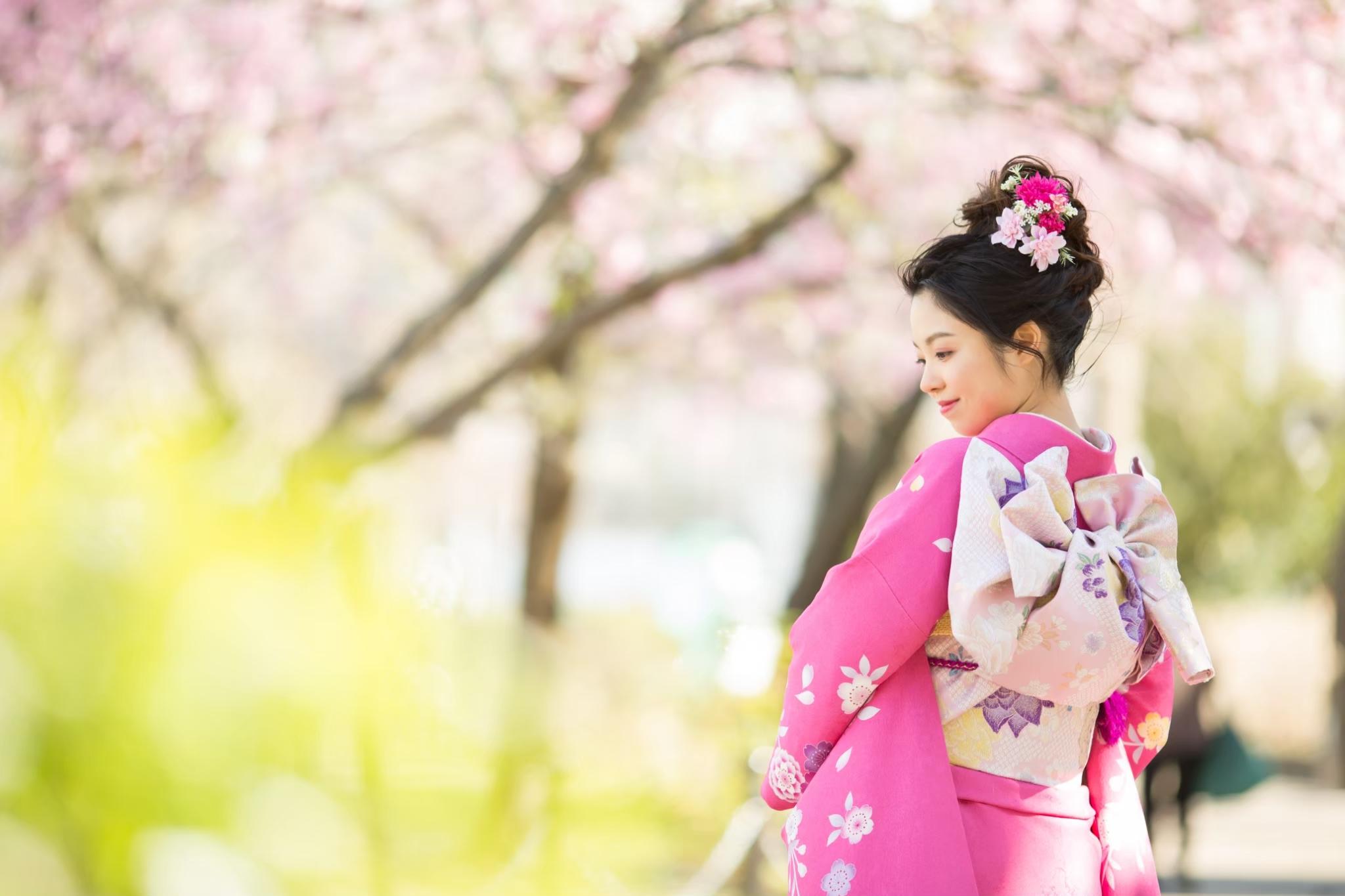 桜の中で成人式前撮り-M1